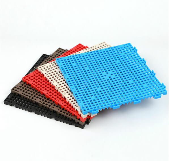 Suspended floor mat (5)
